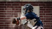 catcher-632974_1920-edit