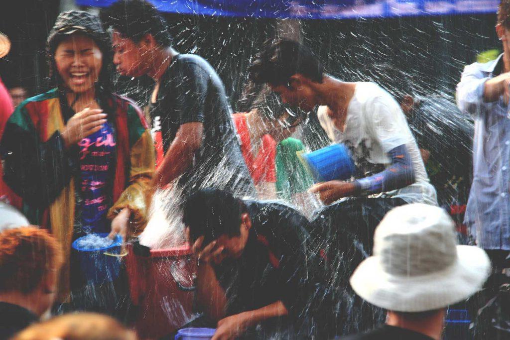 raining-977210